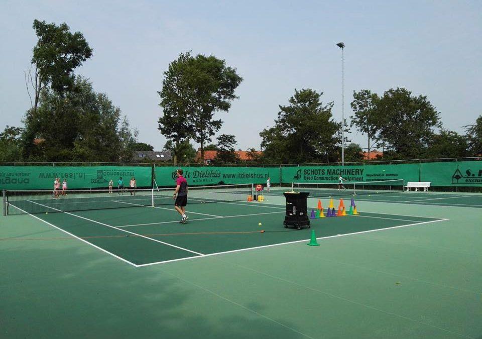 Opgeven tennisles zomer; graag vóór 8 april